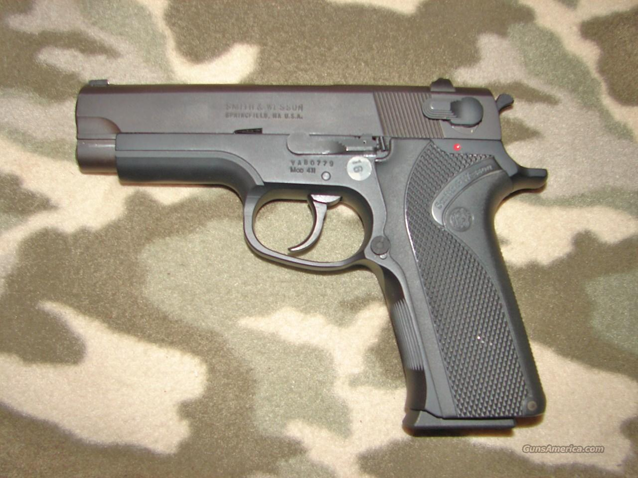 Smith & Wesson 411  Guns > Pistols > Smith & Wesson Pistols - Autos > Alloy Frame