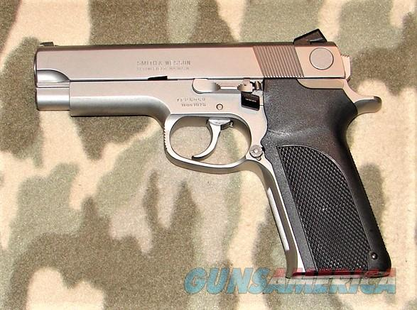 Smith & Wesson 1076  Guns > Pistols > Smith & Wesson Pistols - Autos > Steel Frame