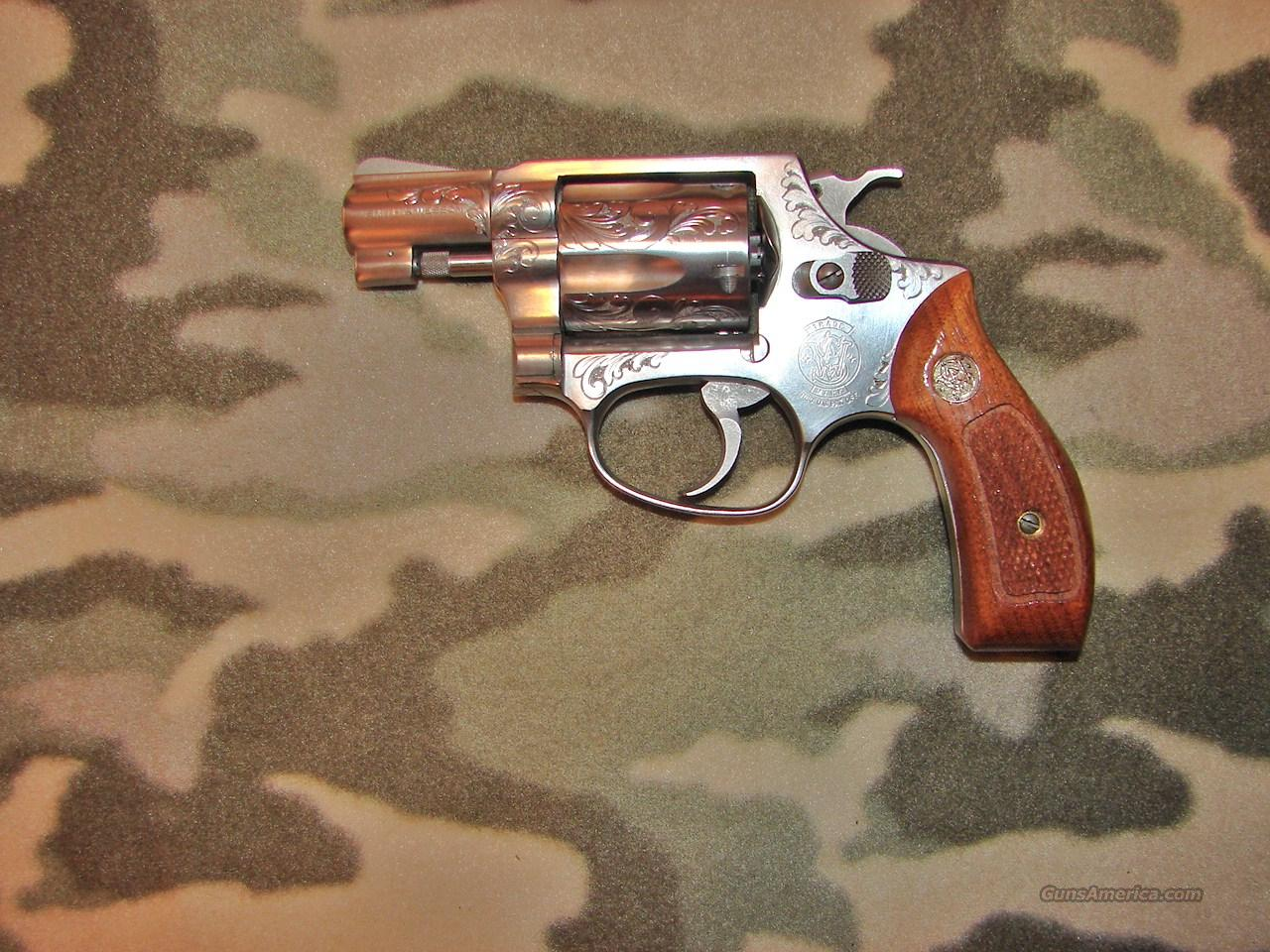 Smith & Wesson 60  Guns > Pistols > Smith & Wesson Revolvers > Pocket Pistols
