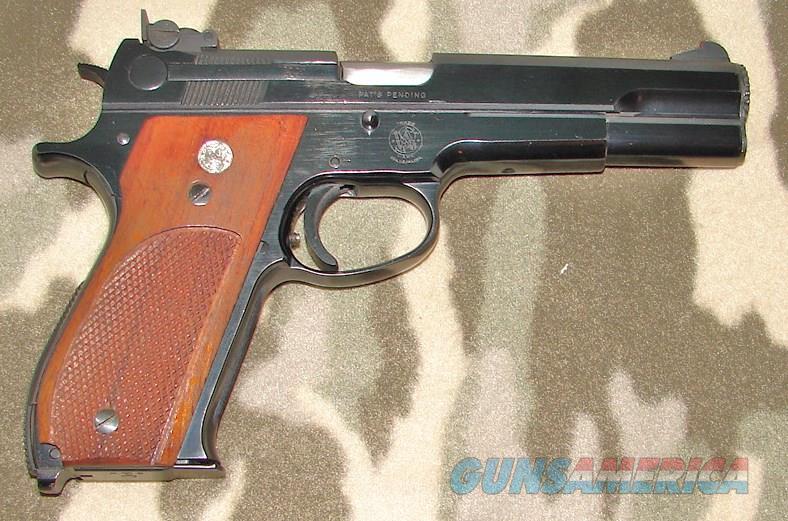 Smith & Wesson 52-1  Guns > Pistols > Smith & Wesson Pistols - Autos > Steel Frame