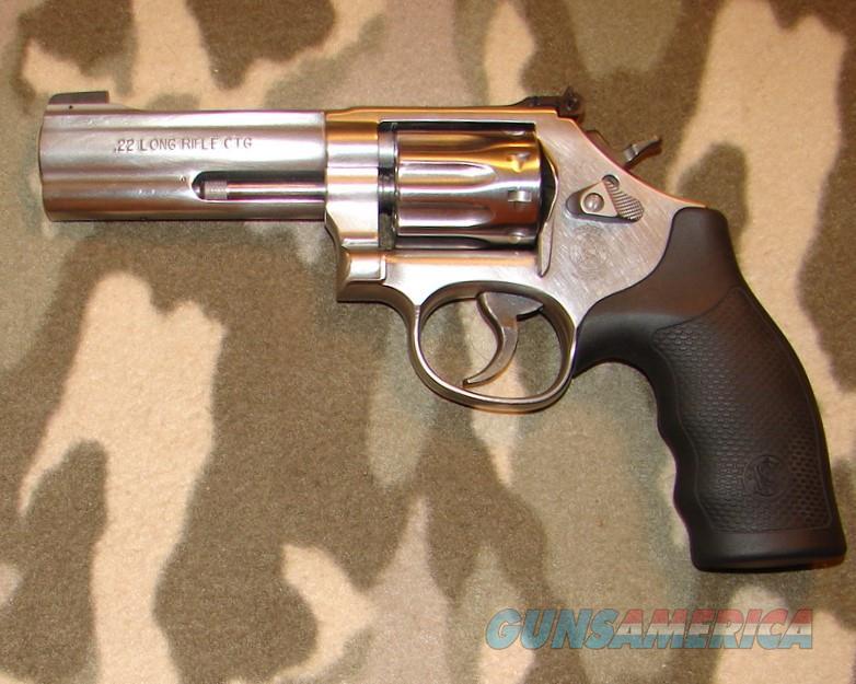 Smith & Wesson 617-6   Guns > Pistols > Smith & Wesson Revolvers > Med. Frame ( K/L )