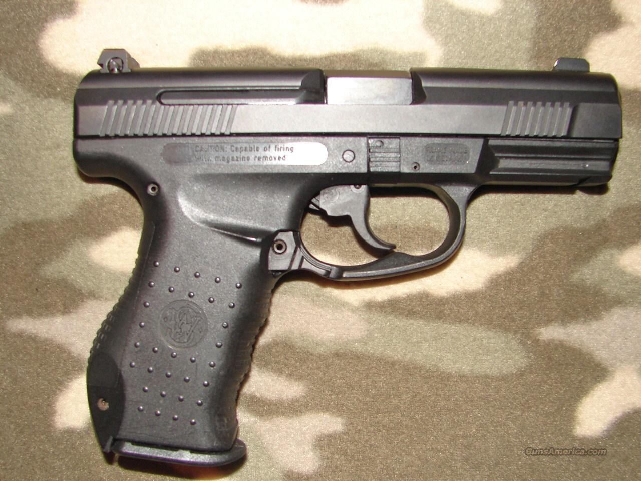 Smith & Wesson SW99  Guns > Pistols > Smith & Wesson Pistols - Autos > Polymer Frame