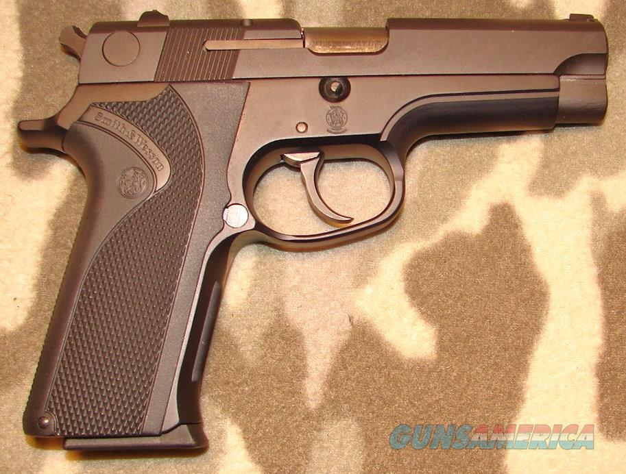 Smith & Wesson 915   Guns > Pistols > Smith & Wesson Pistols - Autos > Alloy Frame