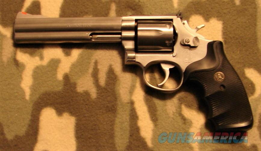 Smith & Wesson 686  Guns > Pistols > Smith & Wesson Revolvers > Med. Frame ( K/L )