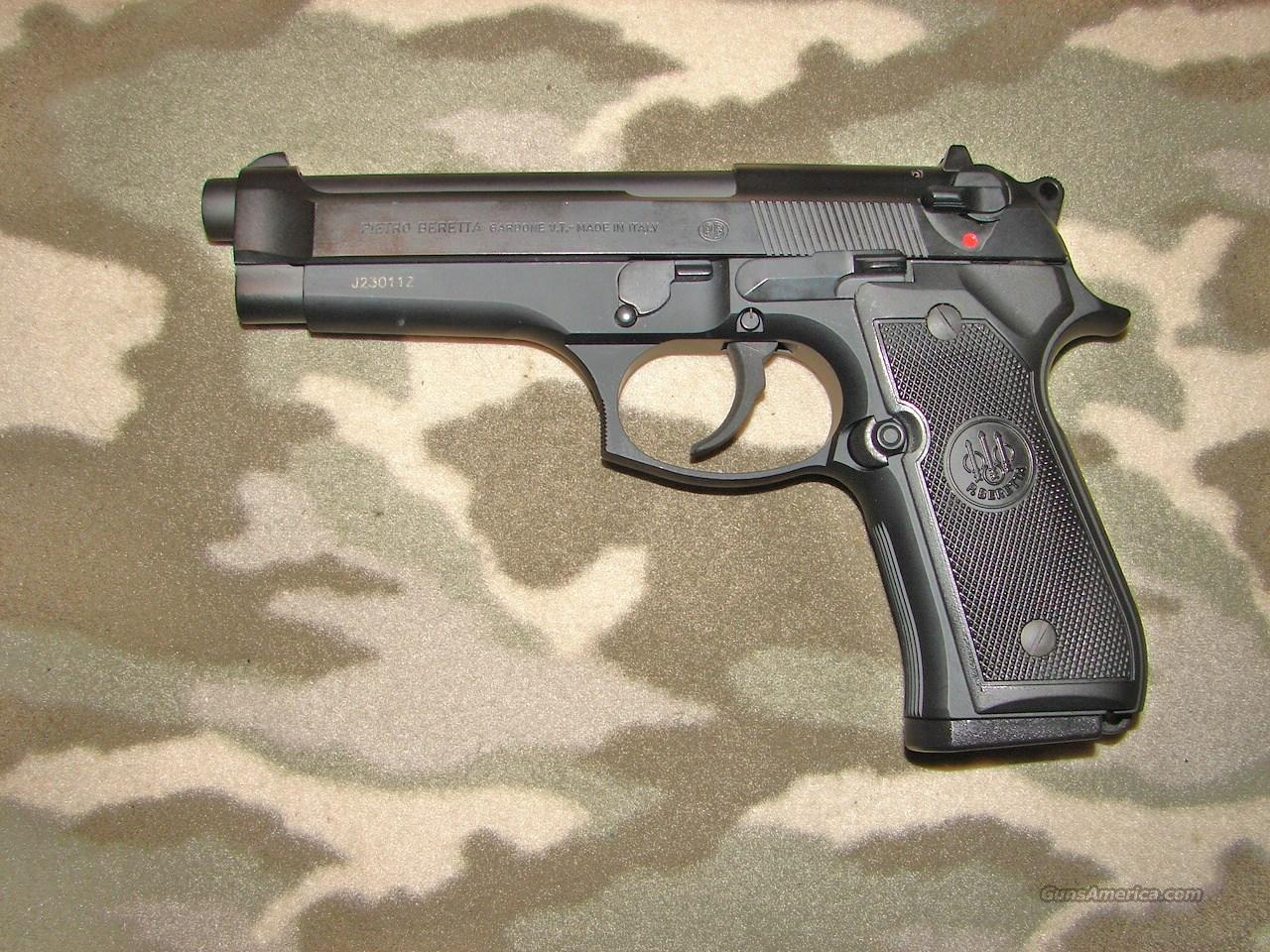 Beretta Model 92FS  Guns > Pistols > Beretta Pistols > Model 92 Series