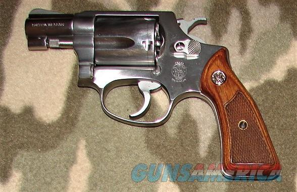 Smith & Wesson 60  Guns > Pistols > Smith & Wesson Revolvers > Small Frame ( J )