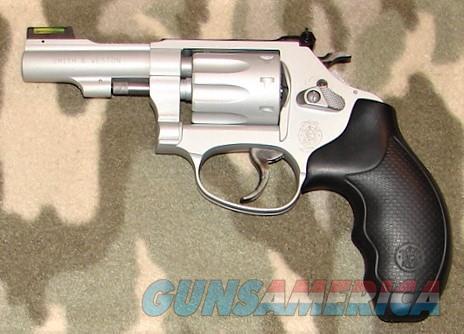 Smith & Wesson 317-3  Guns > Pistols > Smith & Wesson Revolvers > Med. Frame ( K/L )