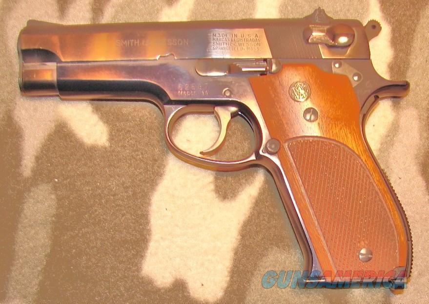 Smith & Wesson 39  Guns > Pistols > Smith & Wesson Pistols - Autos > Alloy Frame