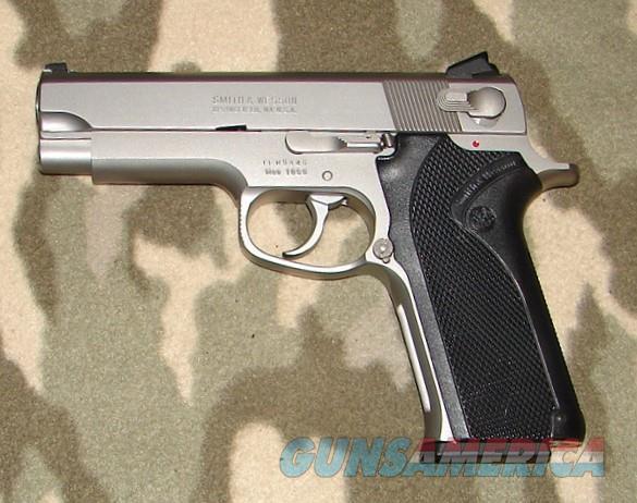 Smith & Wesson 1066   Guns > Pistols > Smith & Wesson Pistols - Autos > Steel Frame