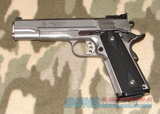 Smith & Wesson SW1911 Pro Series 9m/  Guns > Pistols > Smith & Wesson Pistols - Autos > Steel Frame