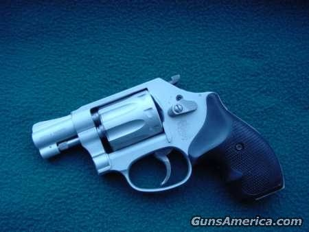 Smith & Wesson 317  Guns > Pistols > Smith & Wesson Revolvers