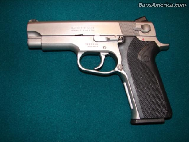 1066  Guns > Pistols > Smith & Wesson Pistols - Autos