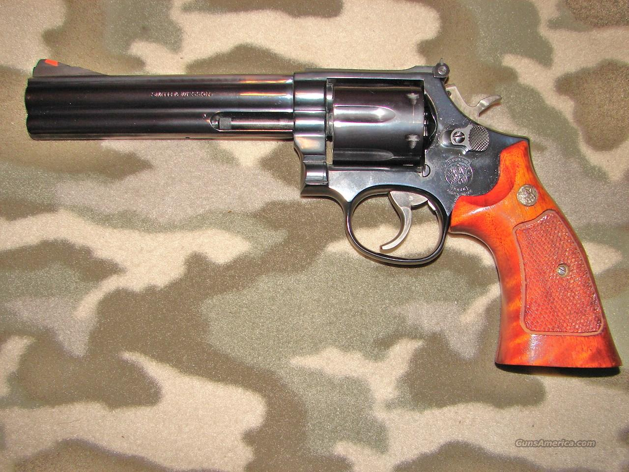 Smith & Wesson 586  Guns > Pistols > Smith & Wesson Revolvers > Model 10