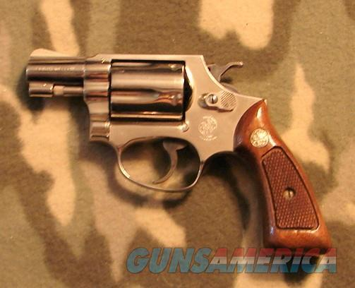 Smith & Wesson 36 Nickel  Guns > Pistols > Smith & Wesson Revolvers > Small Frame ( J )