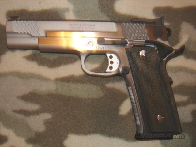 Smith & Wesson PC 945-1  Guns > Pistols > Smith & Wesson Pistols - Autos > Steel Frame