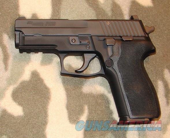 Sig Sauer P229  Guns > Pistols > Sig - Sauer/Sigarms Pistols > P229