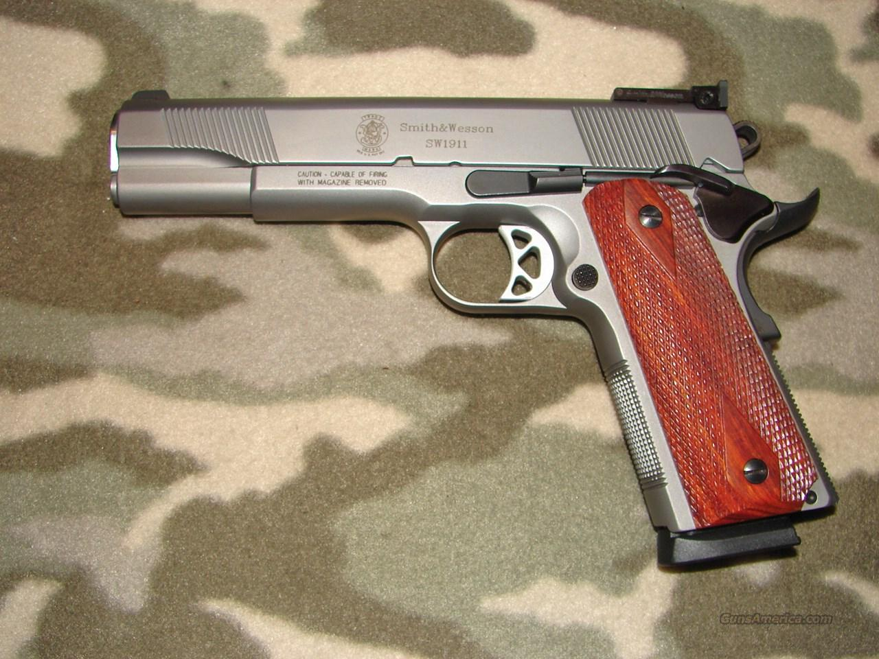 Smith & Wesson SW1911  Guns > Pistols > Smith & Wesson Pistols - Autos > Steel Frame