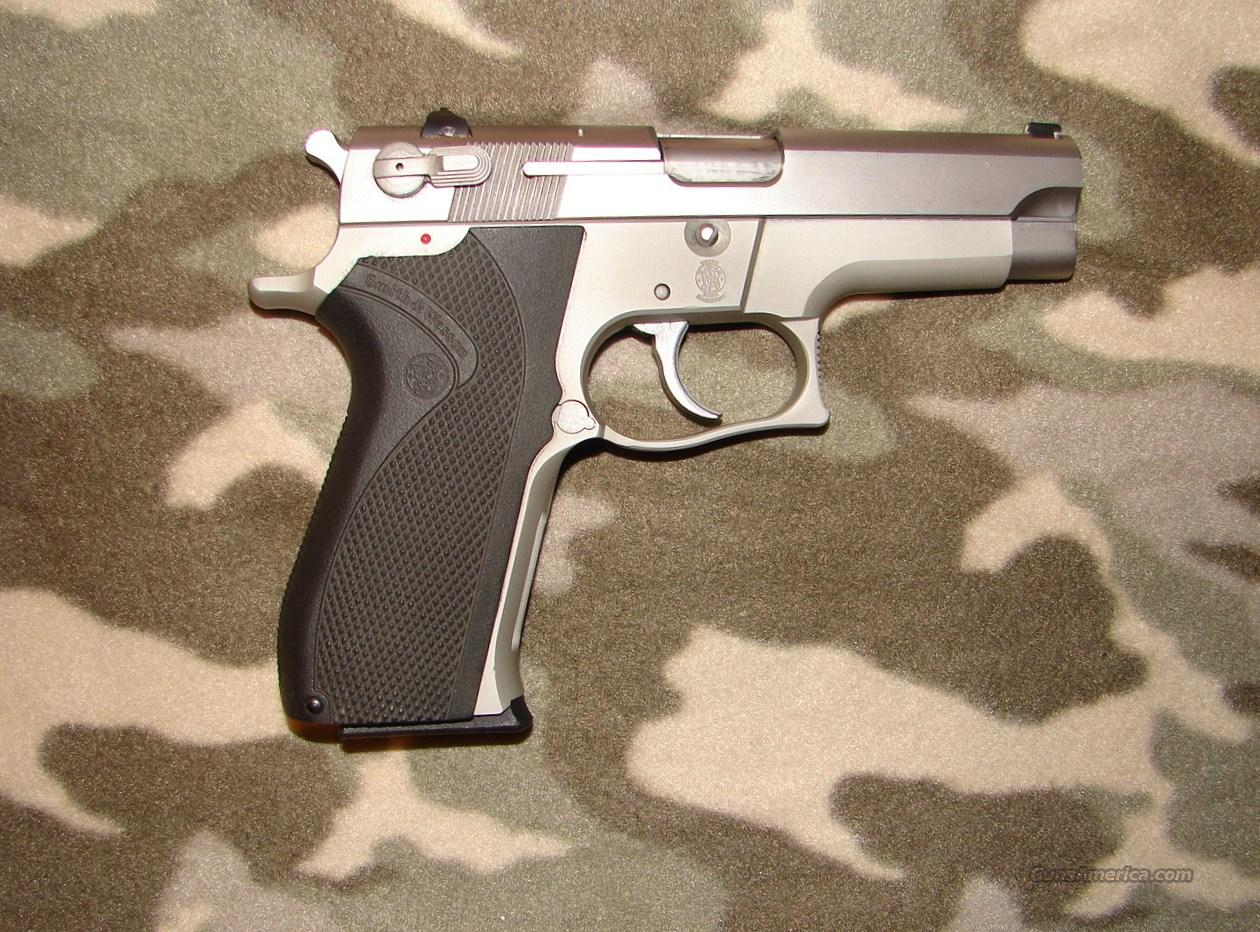 Smith & Wesson 459  Guns > Pistols > Smith & Wesson Pistols - Autos > Alloy Frame