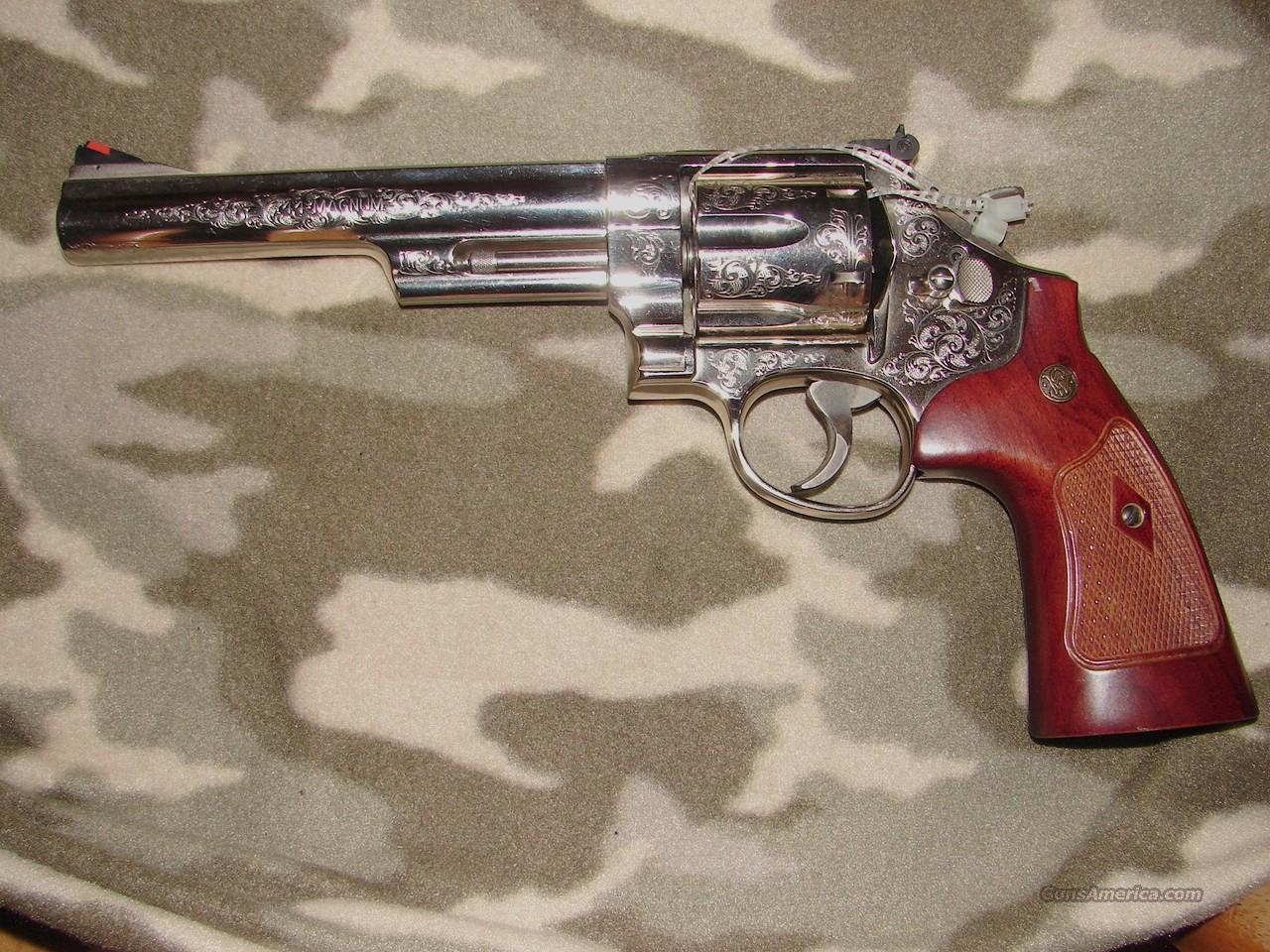 Smith & Wesson 29-10 Engraved Revolver  Guns > Pistols > Smith & Wesson Revolvers > Full Frame Revolver