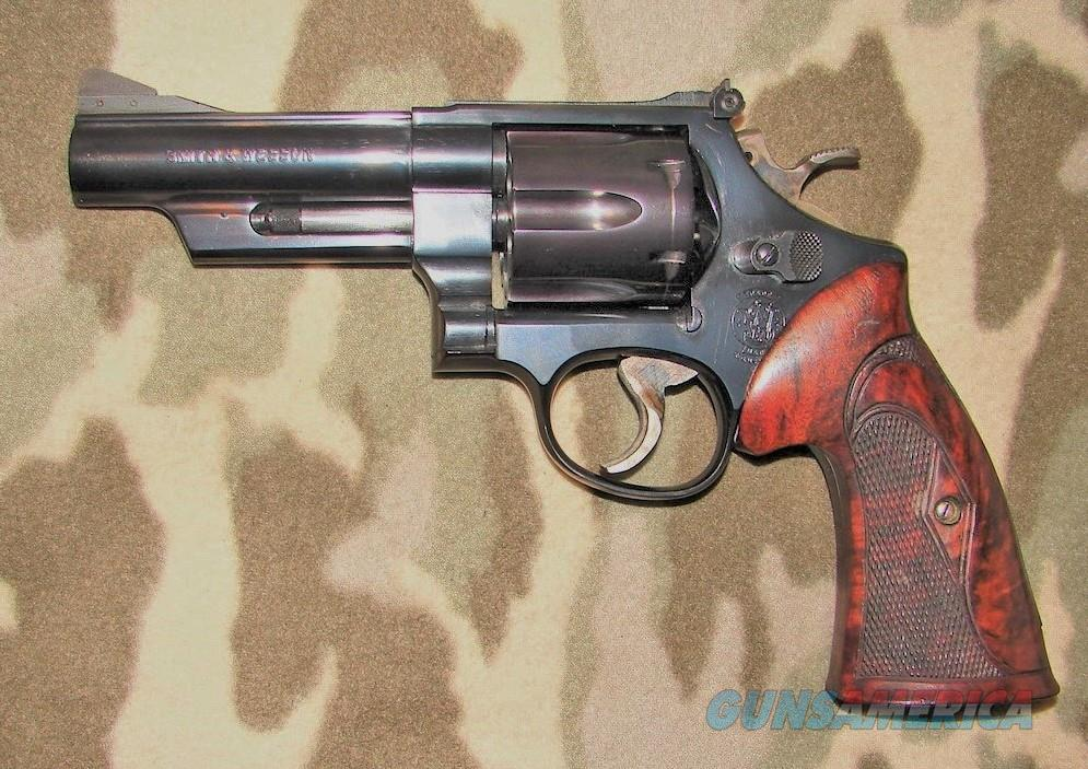 Smith & Wesson 25-9   Guns > Pistols > Smith & Wesson Revolvers > Full Frame Revolver