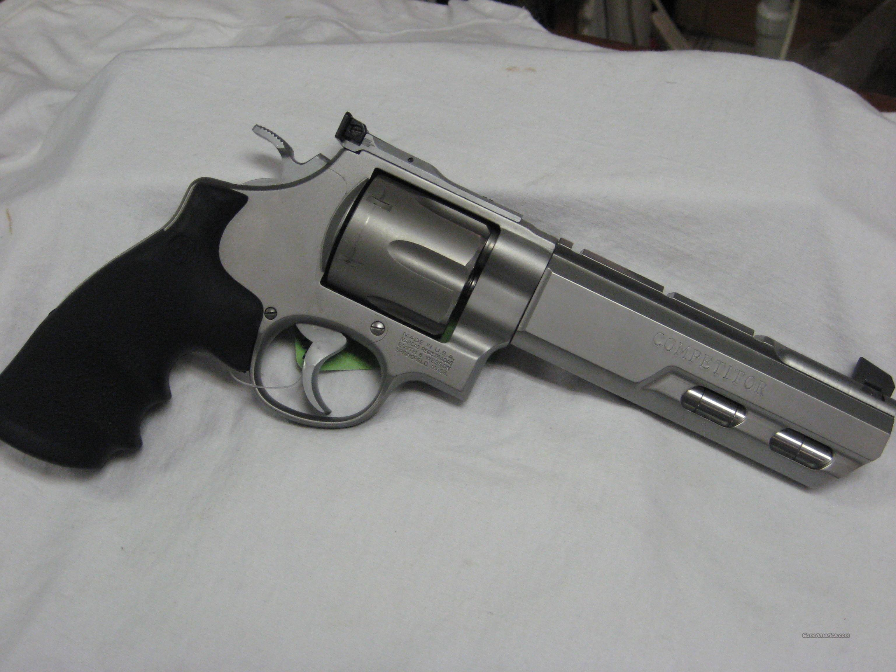 Smith and Wesson 629 Competitor  Guns > Pistols > Smith & Wesson Revolvers > Model 629