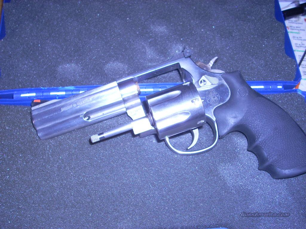 "S&W MOD 686-5 SS 357MAG 4"" 6-SHOT OLD-Model W/O Lock   Guns > Pistols > Smith & Wesson Revolvers > Full Frame Revolver"