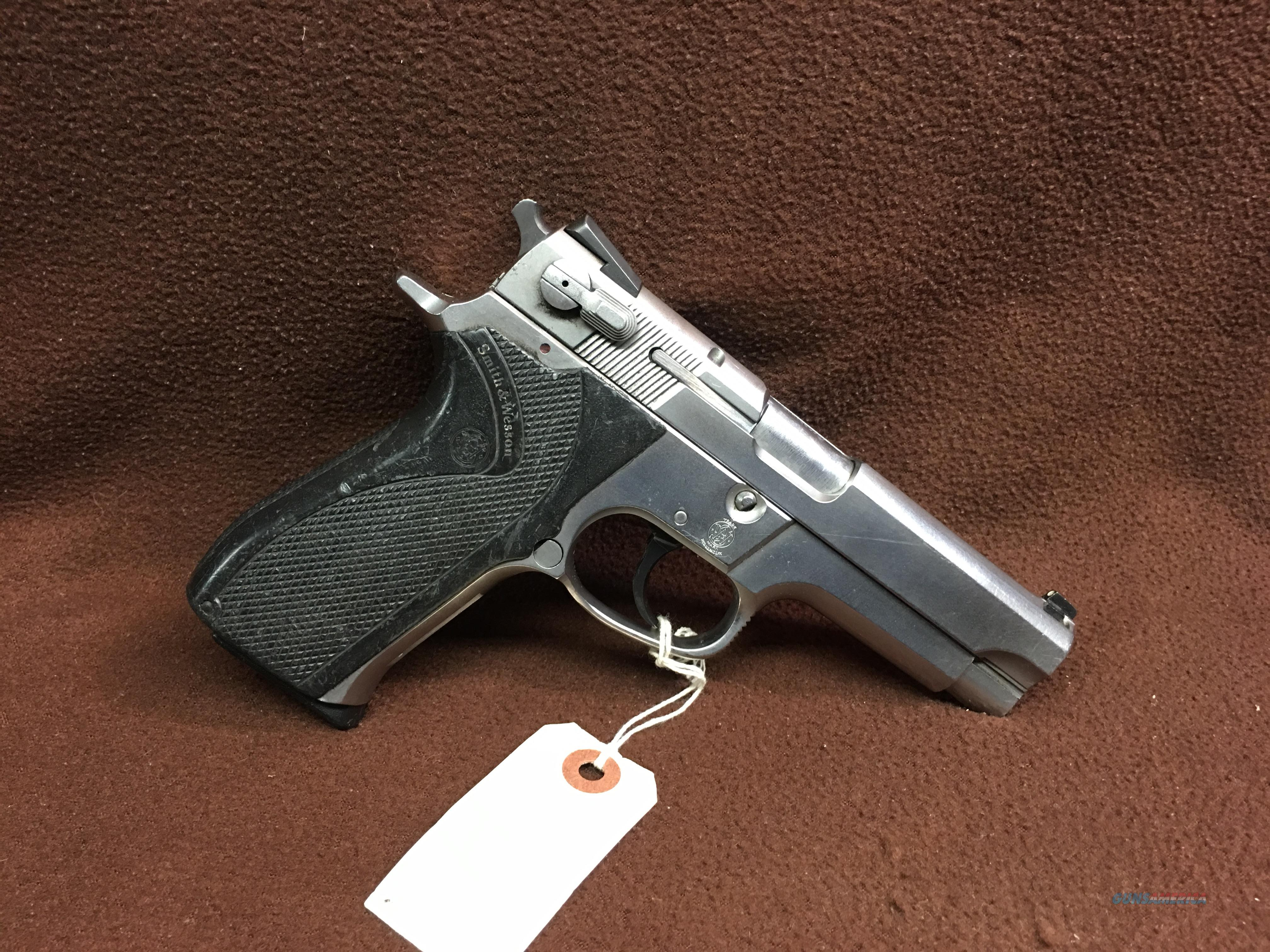 SMITH WESSON 5906       STEEL  FRAME        15RD MAG  Guns > Pistols > Smith & Wesson Pistols - Autos > Steel Frame