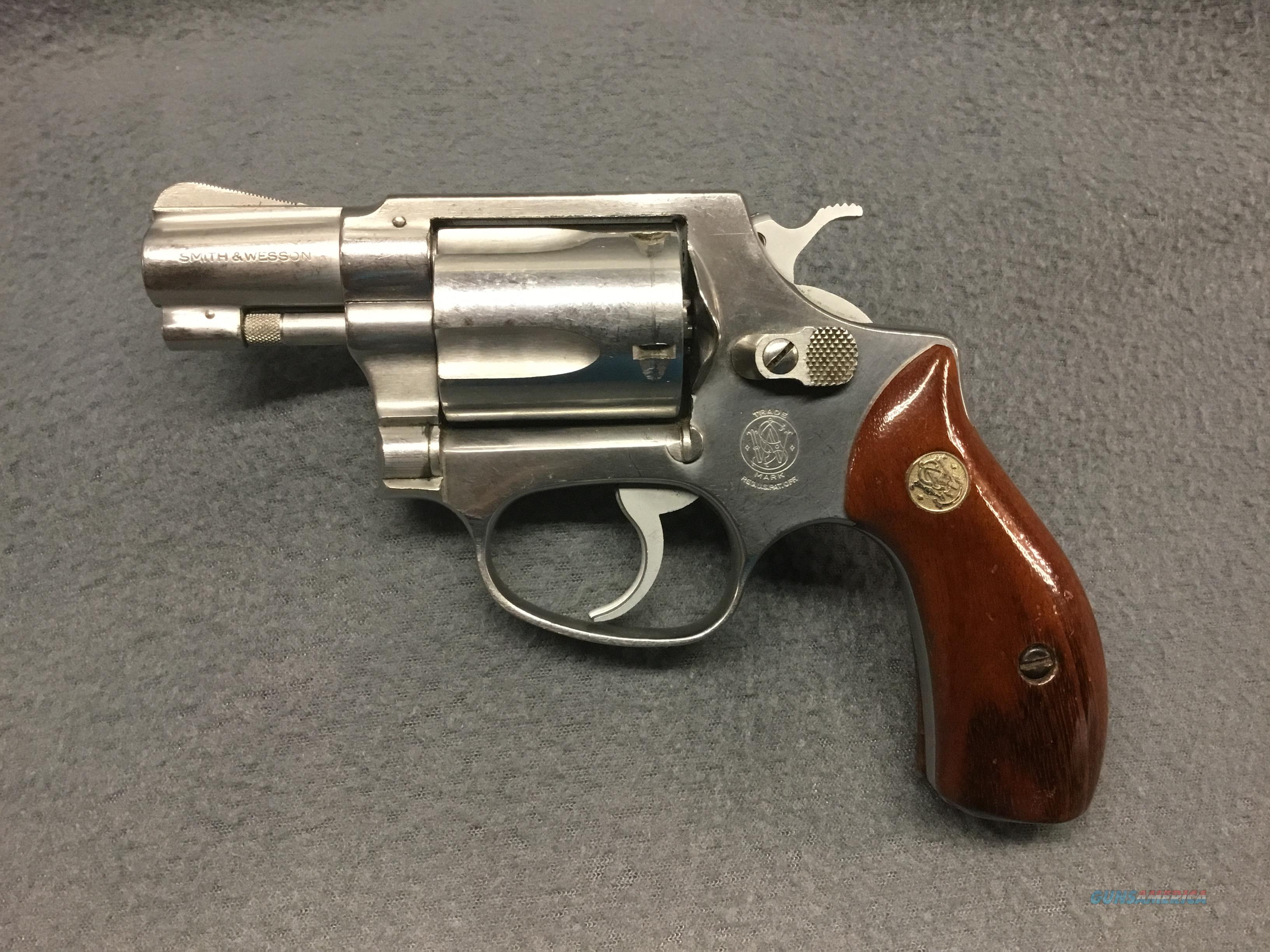 SMITH & WESSON  MODEL 60       NO DASH  Guns > Pistols > Smith & Wesson Revolvers > Pocket Pistols