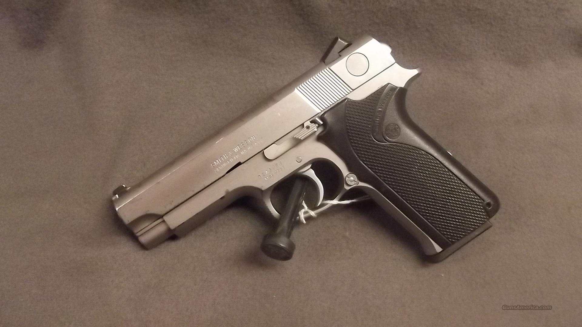 SMITH WESSON 4586   45 ACP  STAINLESS  Guns > Pistols > Smith & Wesson Pistols - Autos > Steel Frame