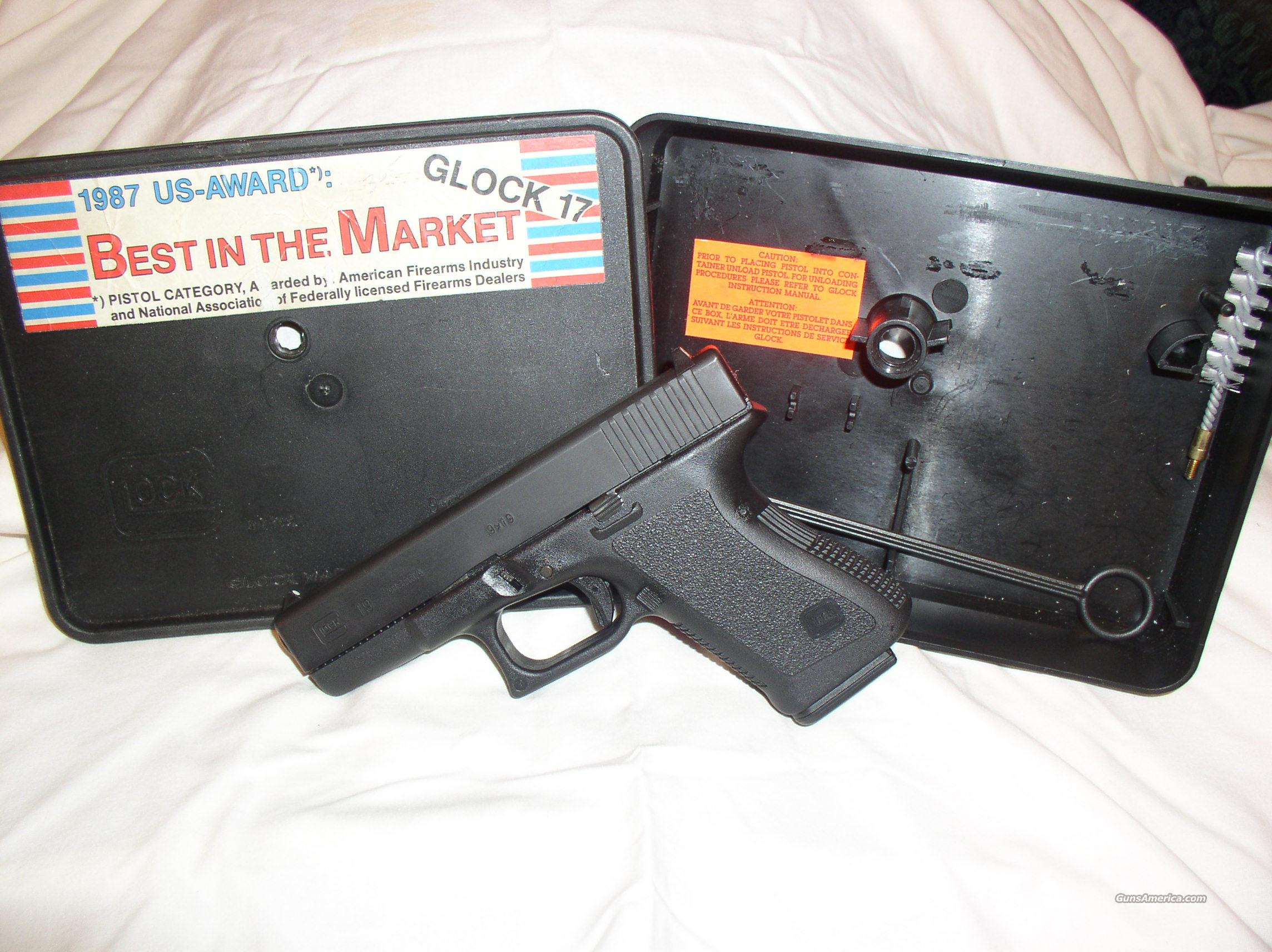 Glock model 19   9mm  Guns > Pistols > Glock Pistols > 19