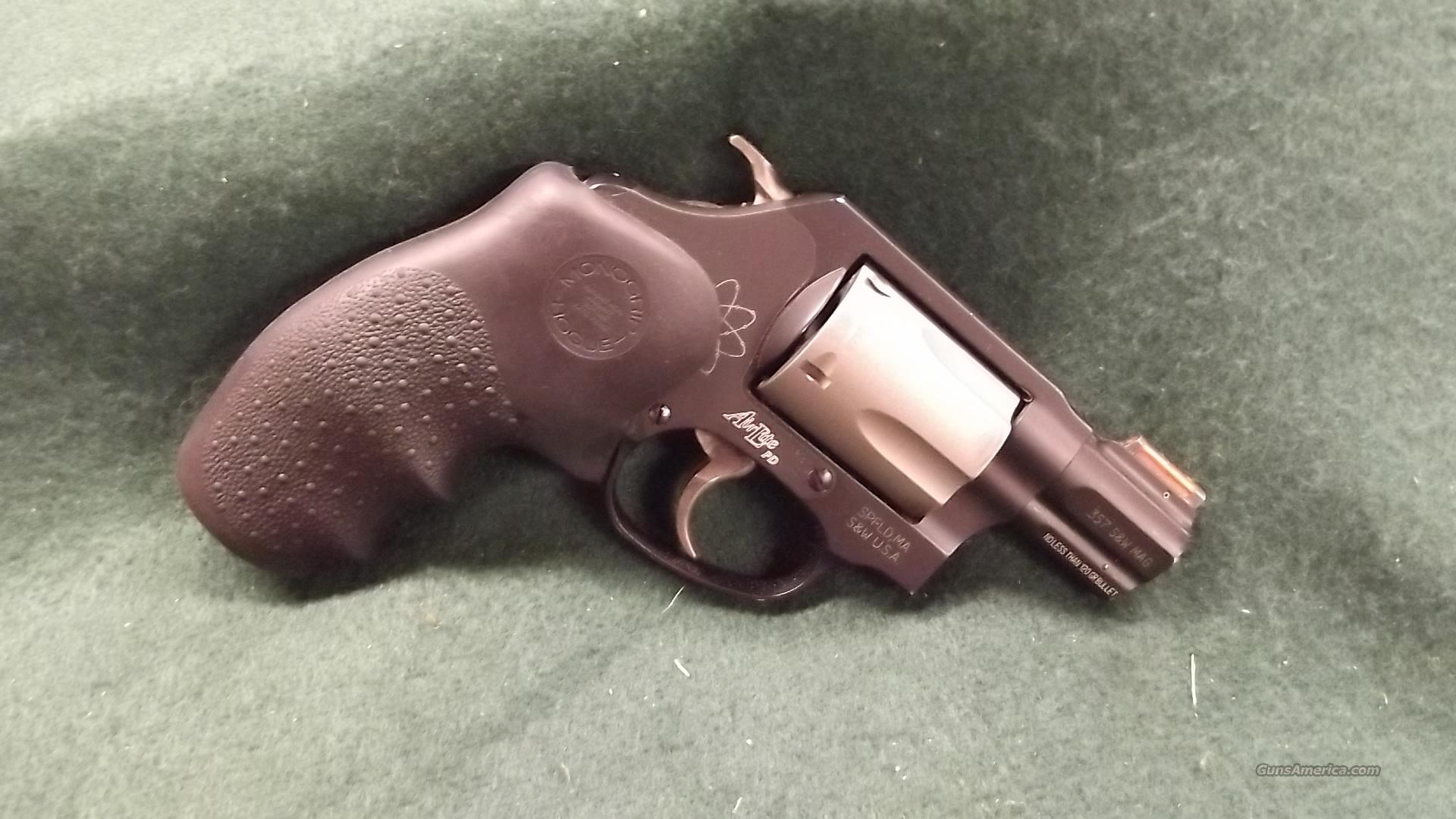 Smith & Wesson 360 PD    357 mag  Guns > Pistols > Smith & Wesson Revolvers > Pocket Pistols