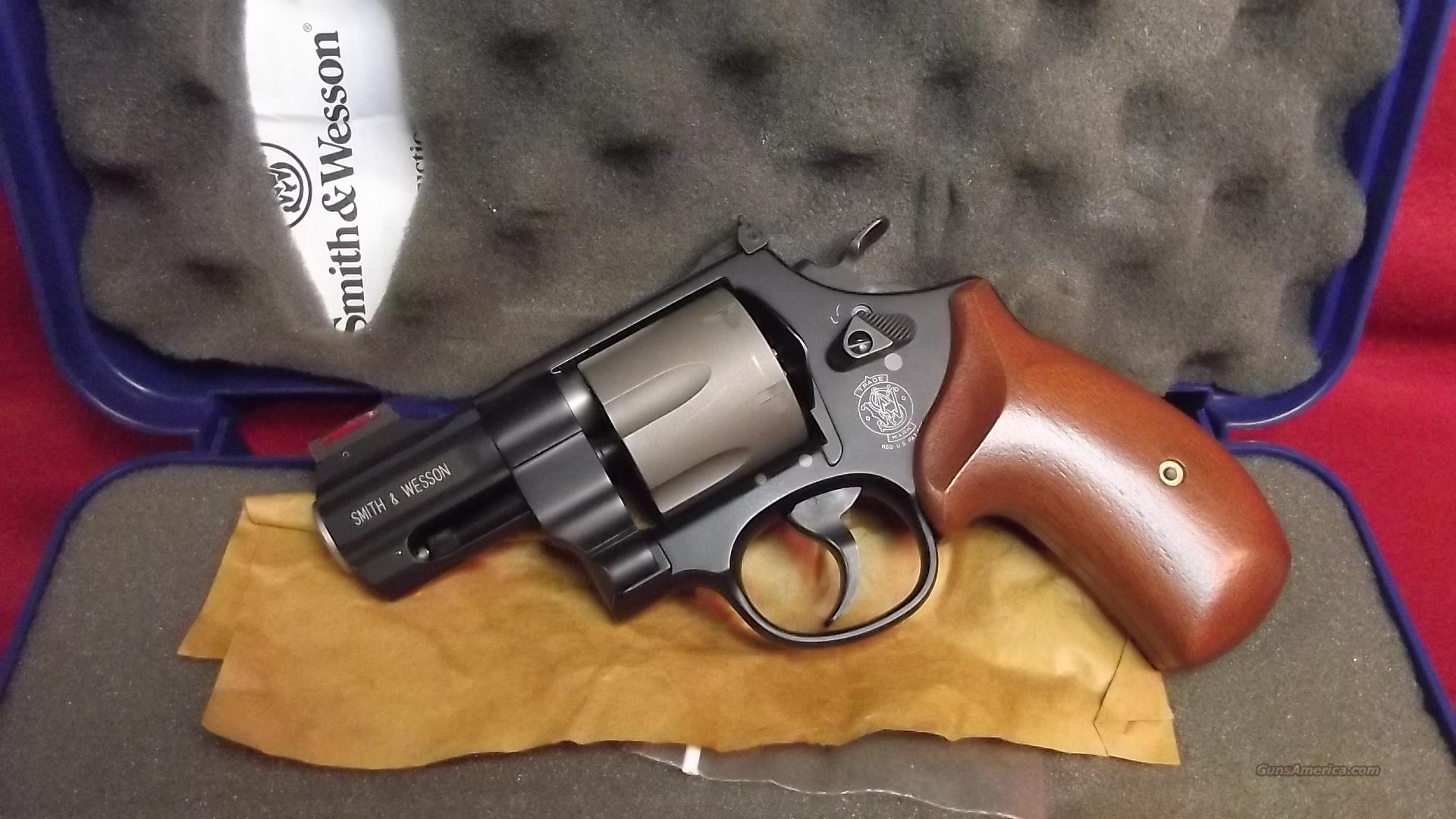 Smith and Wesson 325PD    45 acp.   Guns > Pistols > Smith & Wesson Revolvers > Full Frame Revolver