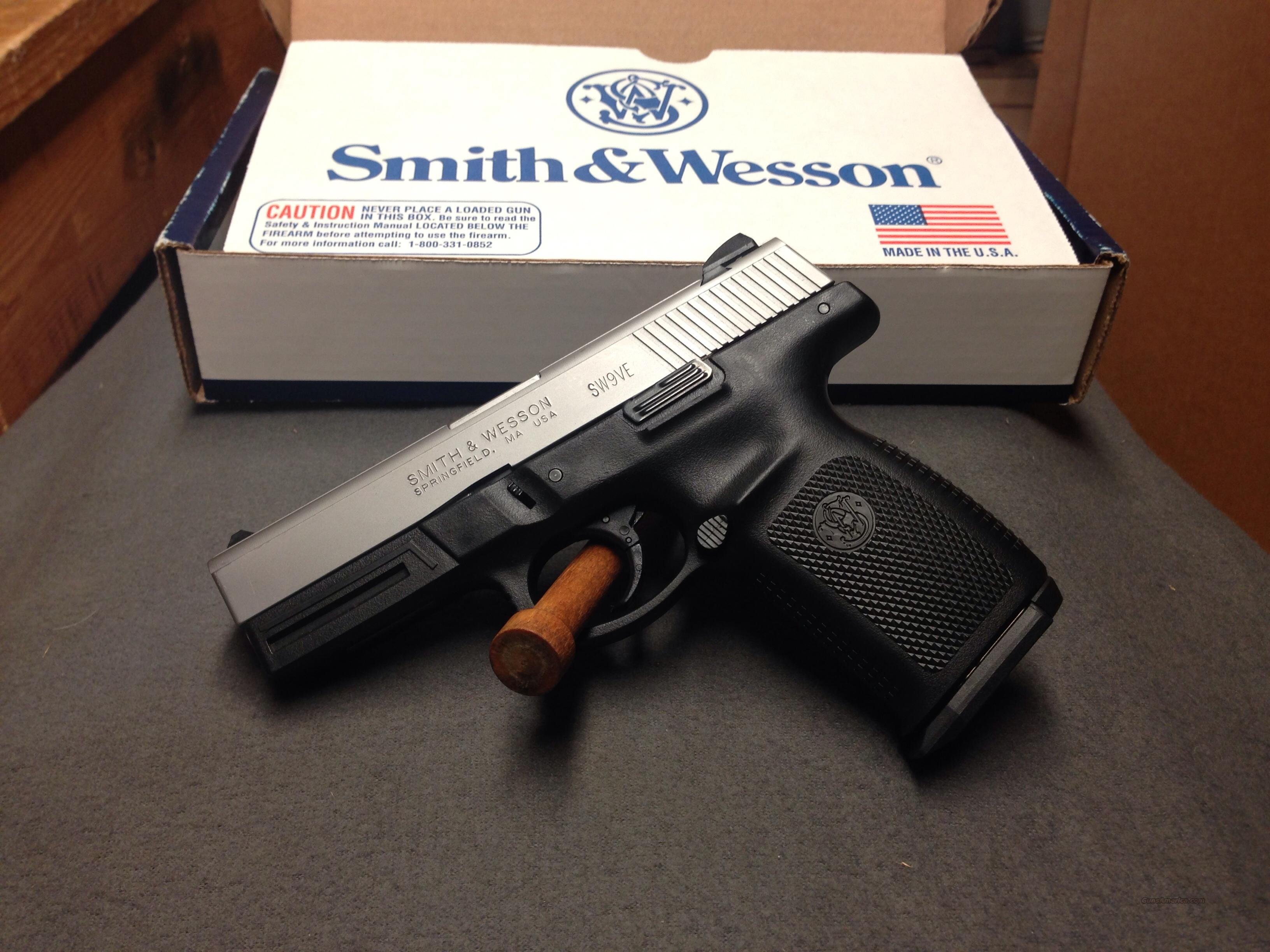 SMITH WESSON  SW9VE  (stainless)  Guns > Pistols > Smith & Wesson Pistols - Autos > Polymer Frame