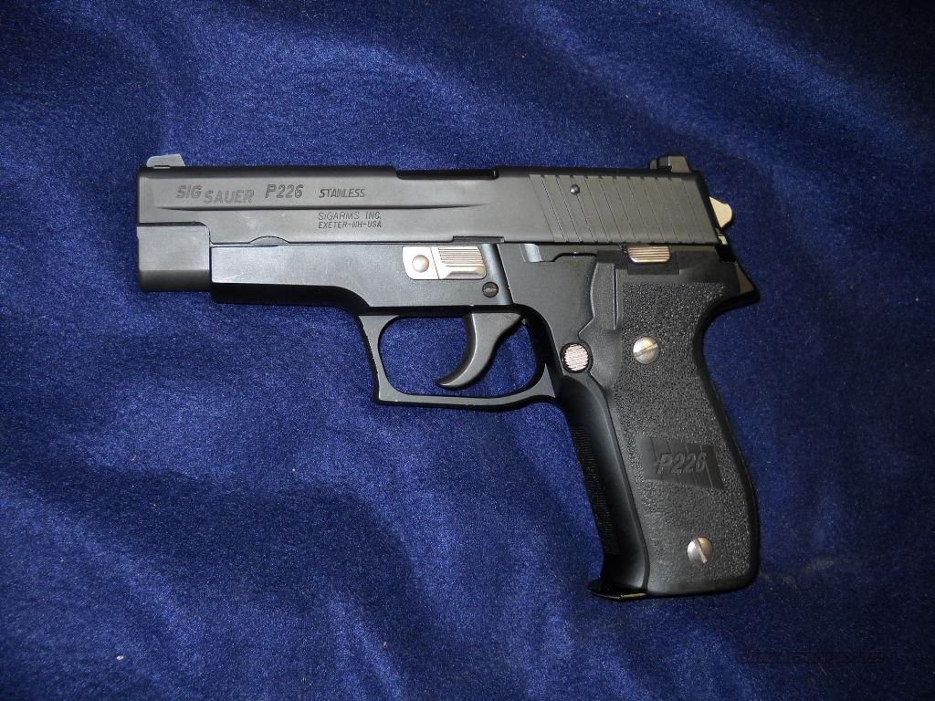SIG SAUER  P226     STAINLESS  Guns > Pistols > Sig - Sauer/Sigarms Pistols > P226