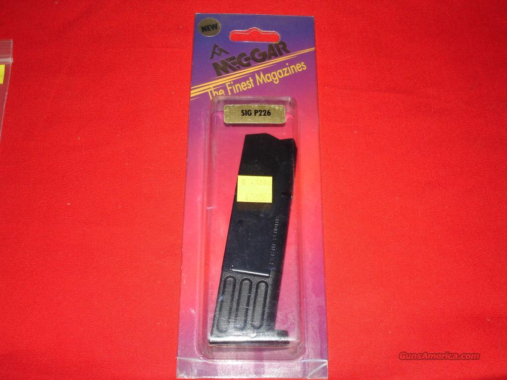 Magazine Mec-Gar Sig P226 9mm 10rd  Non-Guns > Magazines & Clips > Pistol Magazines > Other