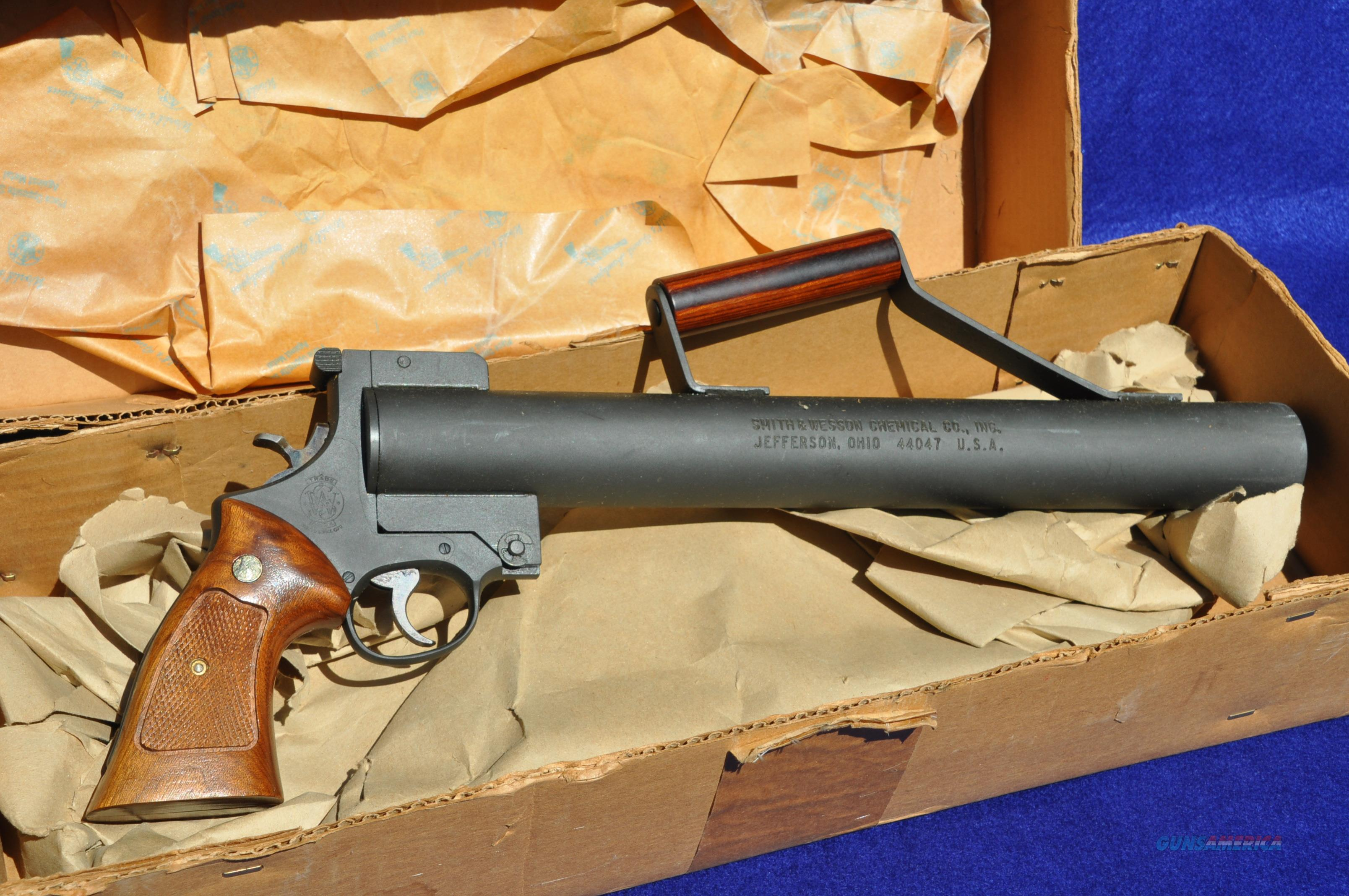 Smith & Wesson International Line Thrower Mod 270   Guns > Pistols > Smith & Wesson Revolvers > Full Frame Revolver