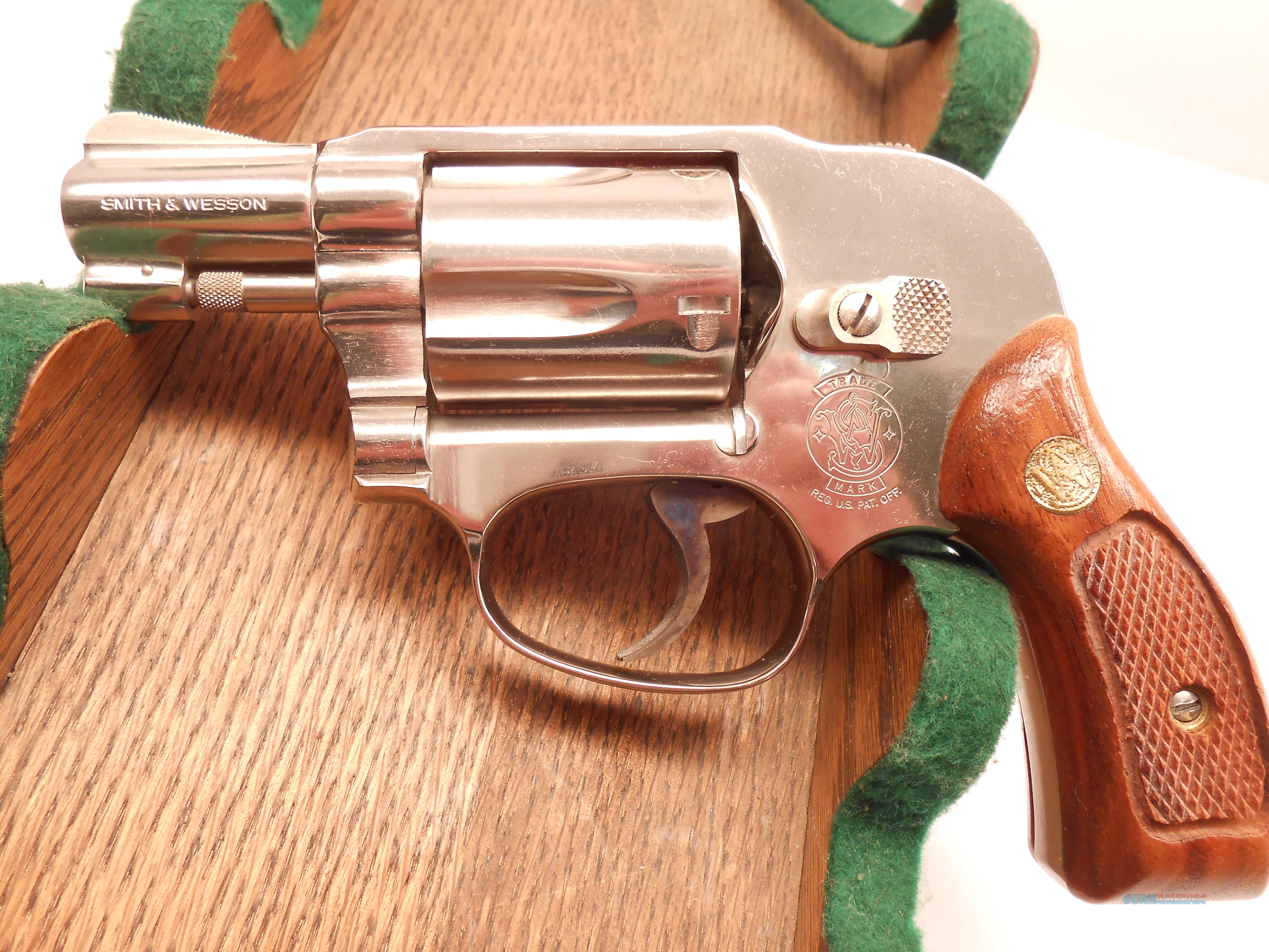 Like New Unfired Smith & Wesson Model 38 Nickle, NO LOCK, with Factory Box and Papers.  Guns > Pistols > Smith & Wesson Revolvers > Pocket Pistols