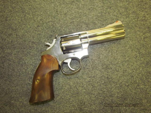 BEAUTIFUL! CUSTOM S&W 686! STAINLESS STEEL? BRIGHT POLISH!!  Guns > Pistols > Smith & Wesson Revolvers > Full Frame Revolver