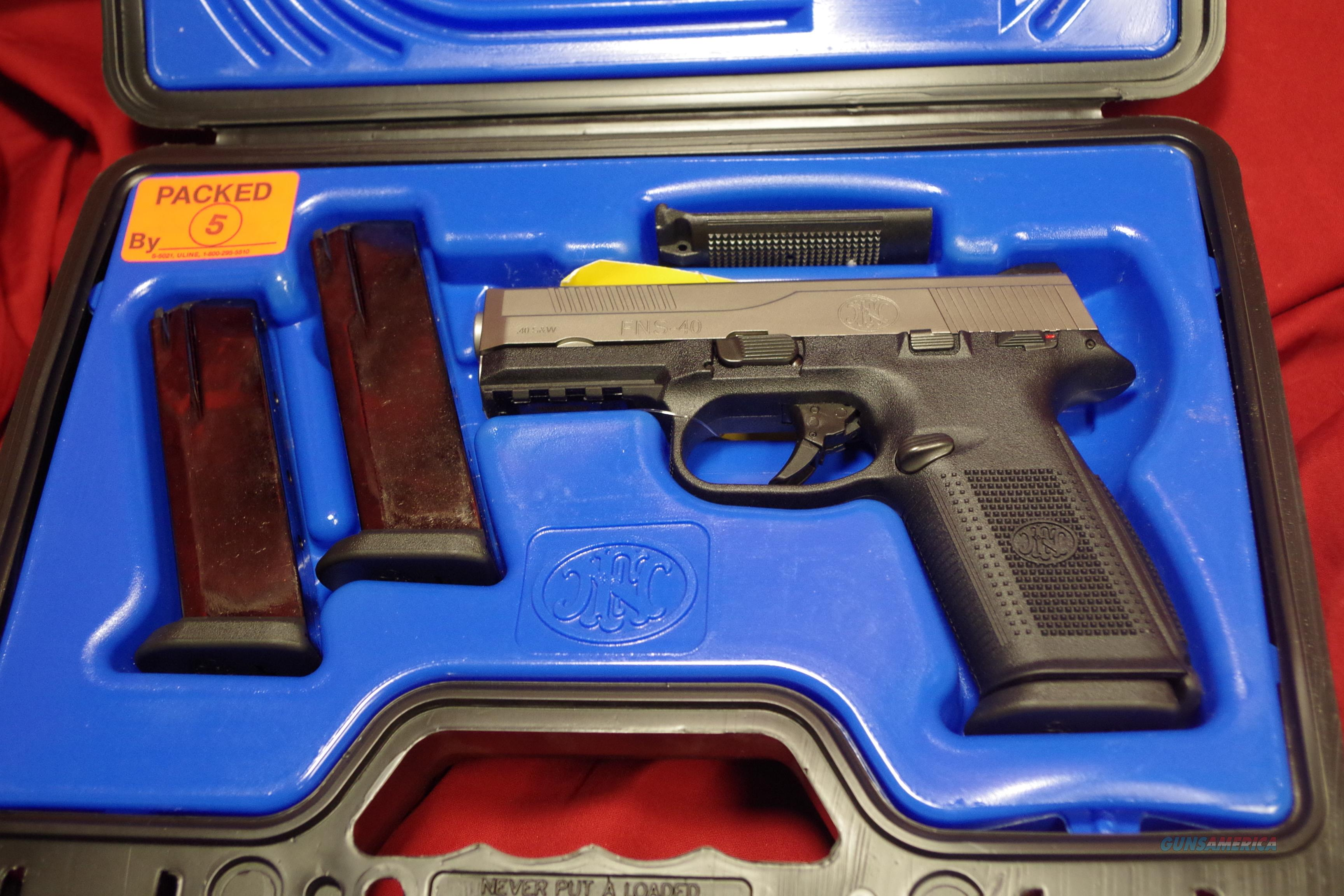 FNH USA FNS-40  Guns > Pistols > FNH - Fabrique Nationale (FN) Pistols > FNS