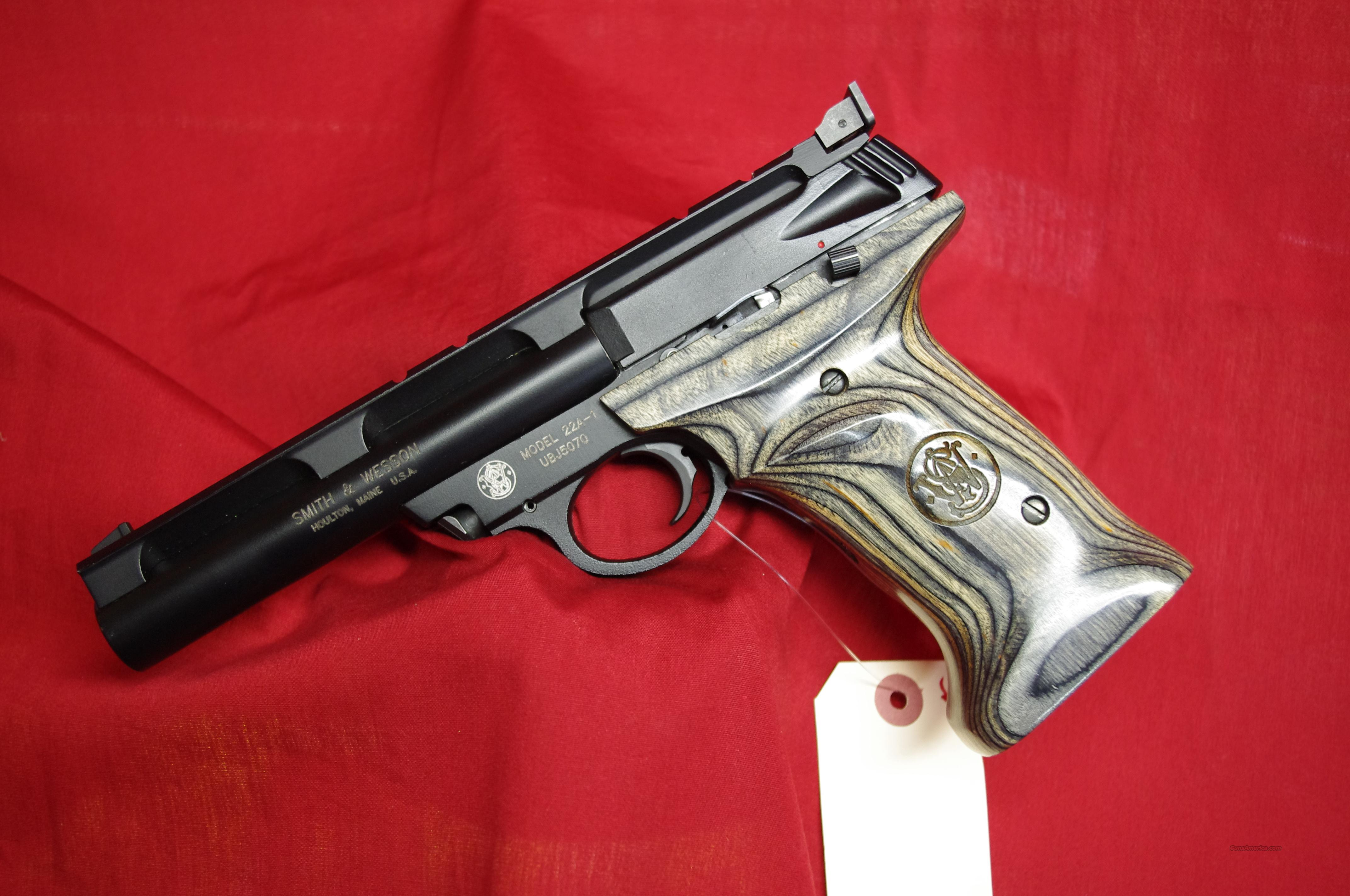 Smith & Wesson 22A with Target Grips!!!  Guns > Pistols > Smith & Wesson Pistols - Autos > .22 Autos
