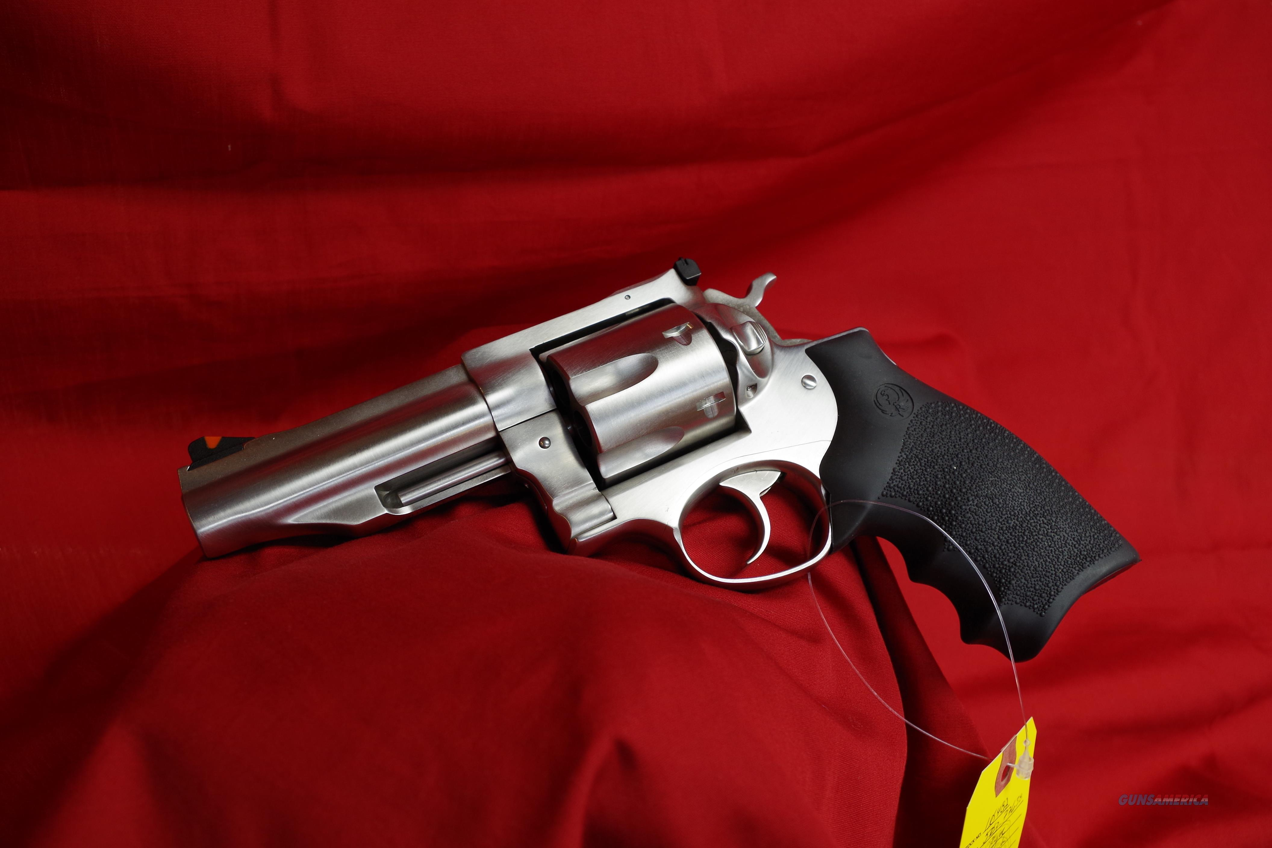 Ruger Redhawk in 44 MAG!  Guns > Pistols > Ruger Double Action Revolver > Redhawk Type