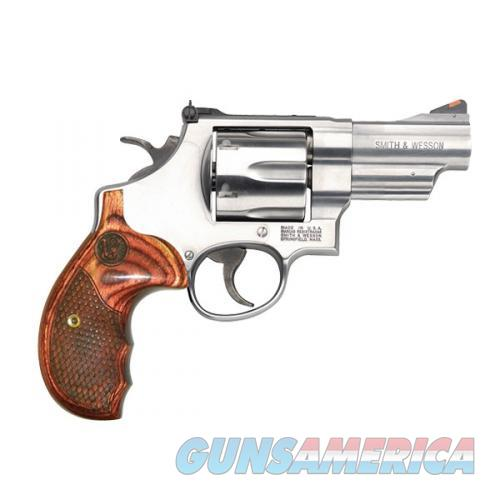 """Smith & Wesson 629 Deluxe .44 Magnum 3"""" Stainless 150715   Guns > Pistols > Smith & Wesson Revolvers > Model 629"""