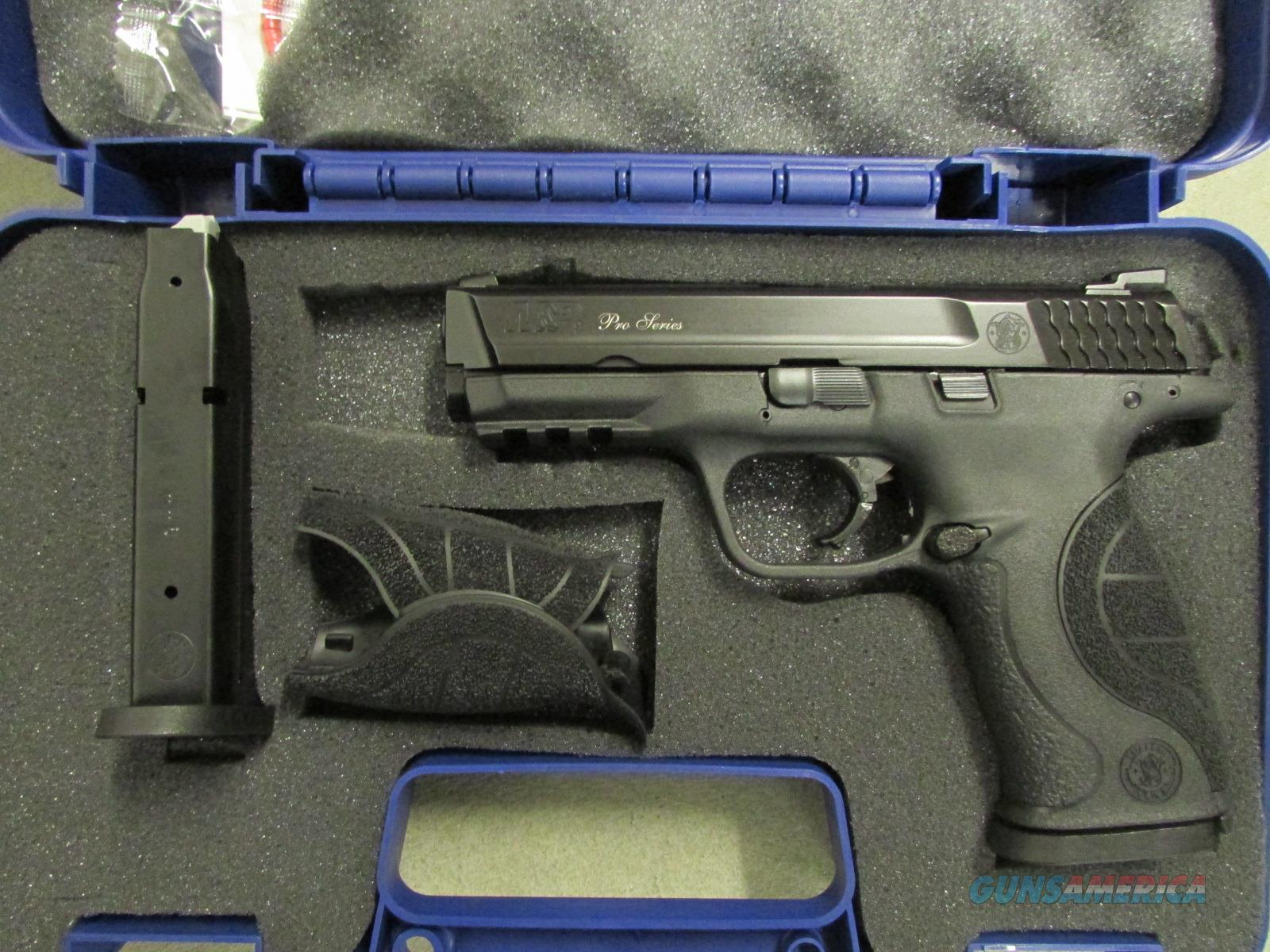 Smith & Wesson Model M&P9 Pro Series with Night Sights 9mm 178035  Guns > Pistols > Smith & Wesson Pistols - Autos > Polymer Frame