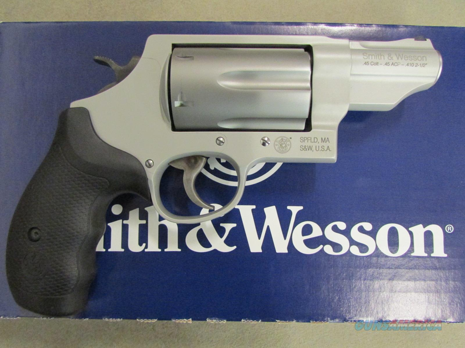 Smith & Wesson Stainless Governor .45 Colt/.410/.45 ACP Revolver 160410  Guns > Pistols > Smith & Wesson Revolvers > Full Frame Revolver