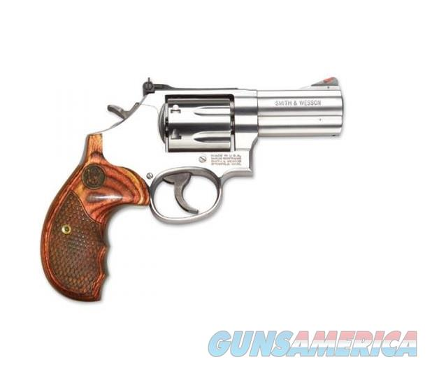 """Smith & Wesson 686 Plus Deluxe .357 Mag 3"""" Stainless 150713   Guns > Pistols > Smith & Wesson Revolvers > Full Frame Revolver"""