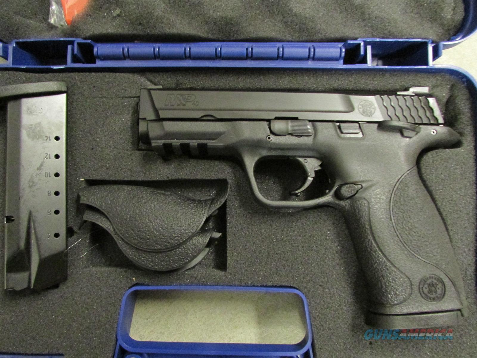 Smith & Wesson M&P40 Full Size, Thumb Safety .40 S&W  Guns > Pistols > Smith & Wesson Pistols - Autos > Polymer Frame