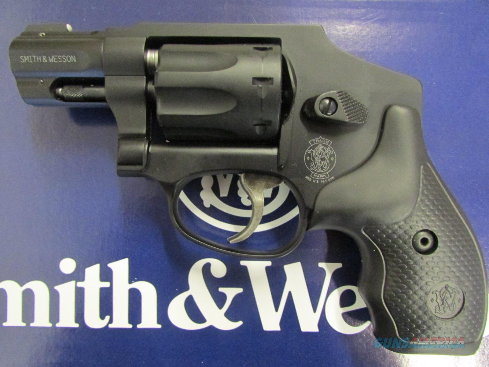 Smith & Wesson Model 43 C 8-Shot .22 LR AirWeight Revolver 103043  Guns > Pistols > Smith & Wesson Revolvers > Pocket Pistols