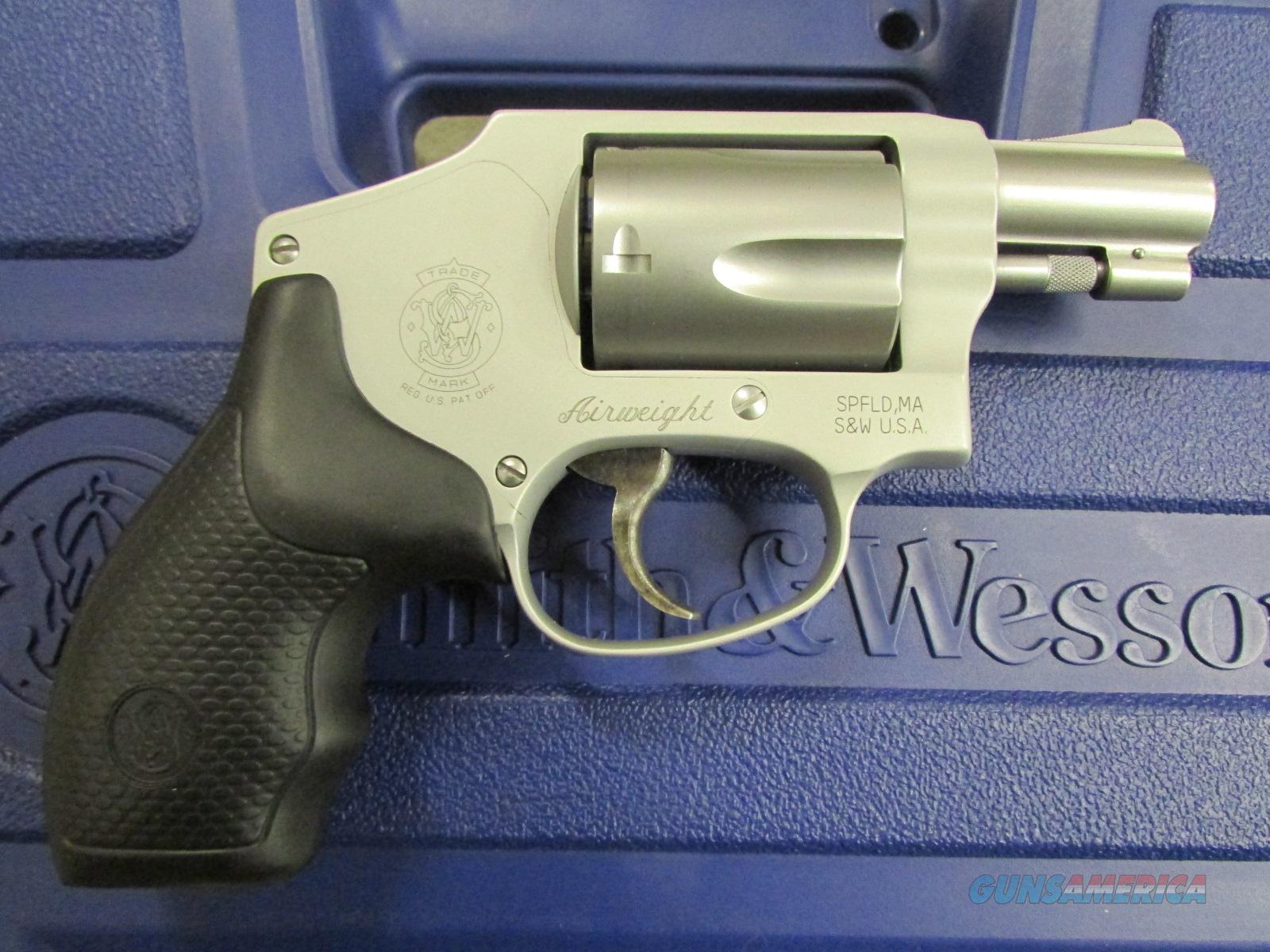 Smith & Wesson Model 642 Hammerless Airweight .38 SPL  Guns > Pistols > Smith & Wesson Revolvers > Full Frame Revolver