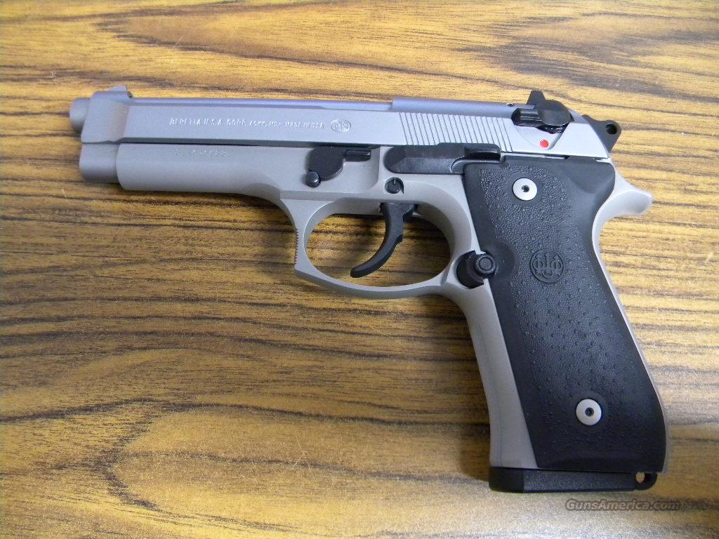 Beretta 92FS Inox 9mm  Guns > Pistols > Beretta Pistols > Model 92 Series