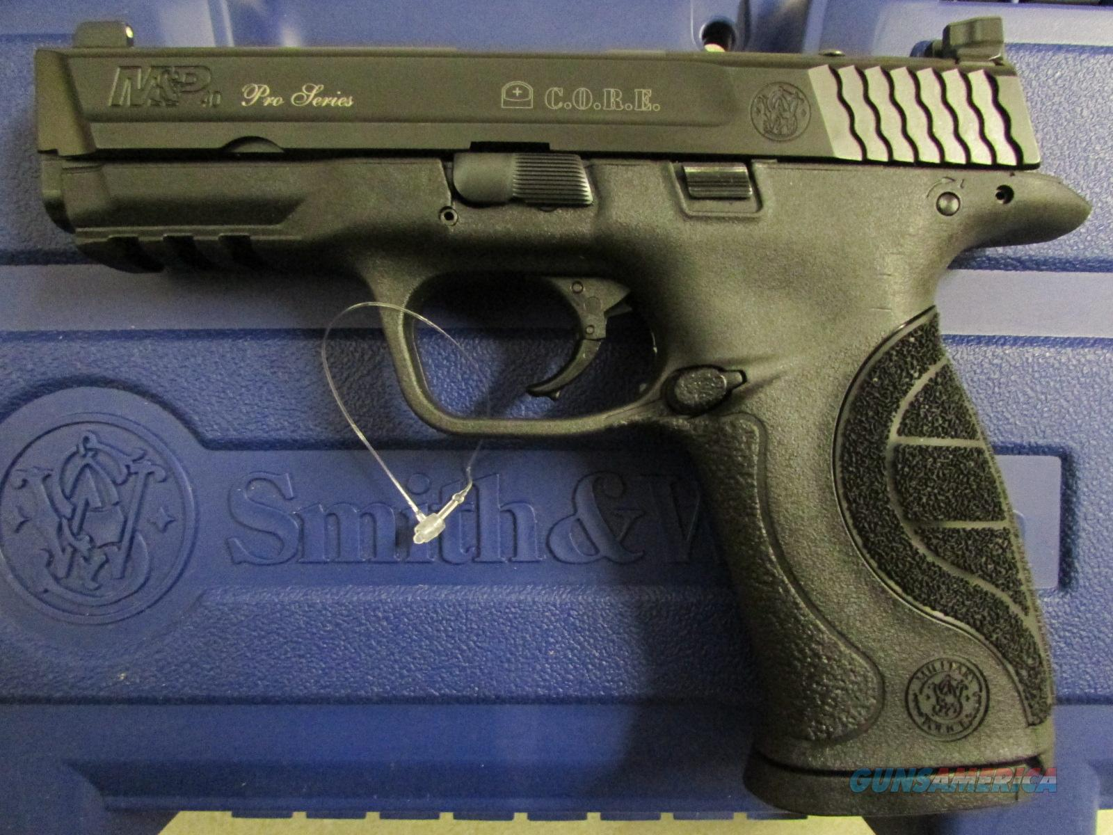 Smith & Wesson M&P40 Pro Series C.O.R.E. .40 S&W 178060  Guns > Pistols > Smith & Wesson Pistols - Autos > Polymer Frame